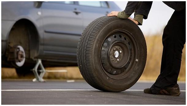 Tổng đài vá lốp xe ô tô